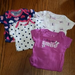 Set of 4 onesies
